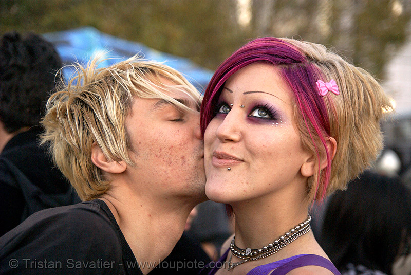 kiss on the cheek, kiss, lovevolution, man, woman