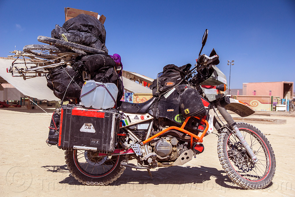 KLR 650 motorbike - burning man 2016, bags, bicycle, bike, burning man, dual-sport, kawasaki, klr 650, luggage, motorcycle touring, overloaded, panniers, tank bag, water bottles, water jug