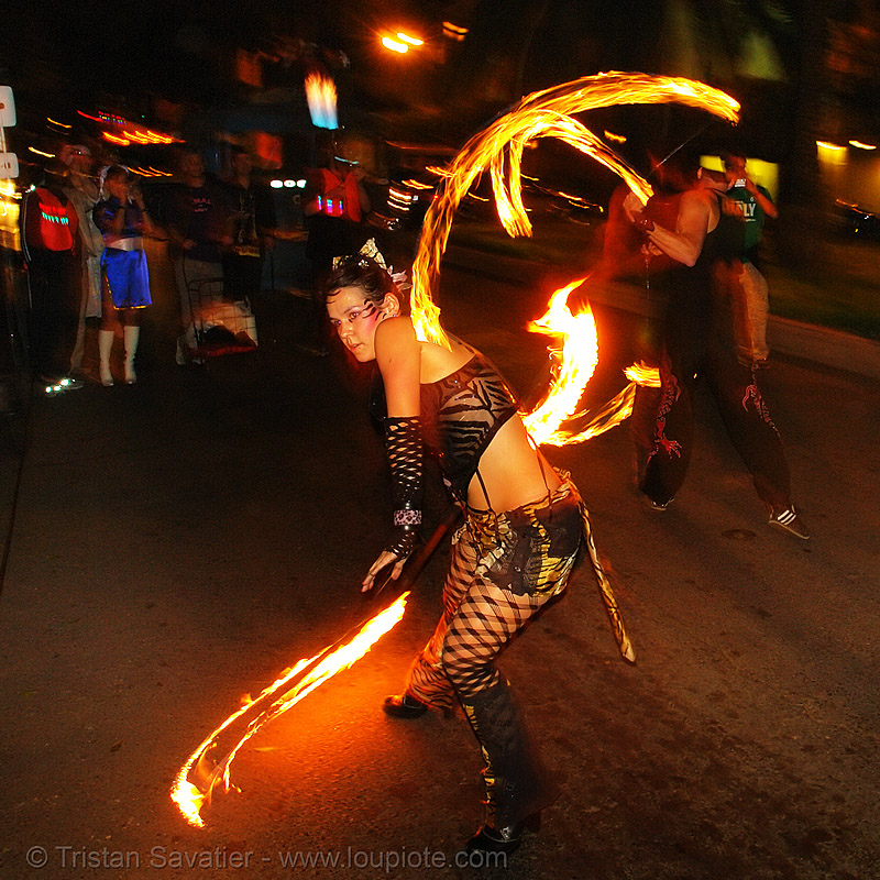 la rosa (jaden), fire dancer, fire dancing, fire performer, fire spinning, fire staff, flames, jaden, long exposure, los sueños del fuego, lsd fuego, march of light, night, pyronauts, spinning fire