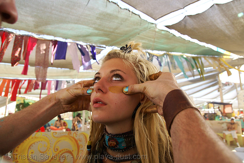 lark (or sophia?) - burning man 2007, burning man, center camp, face painting, facepaint, golden color, lark, makeup, woman