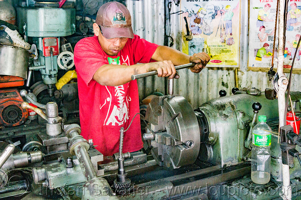 lathe machine tool in workshop (philippines), baguio, machine shop, machine tool, man, mechanical workshop, metal lathe, operator, philippines, worker, working