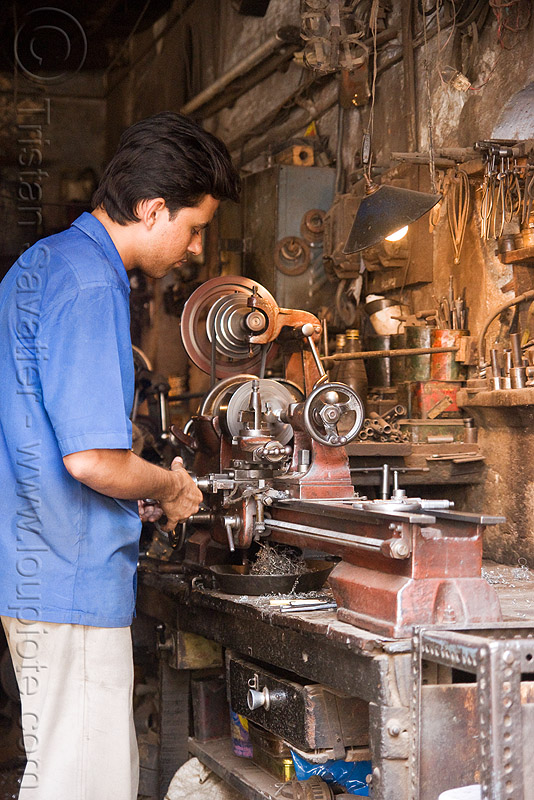 lathe operator - machine shop, delhi, machine tools, man, mechanical workshop, metal lathe, mohd. yusuf & sons, operating, people, running, spinning, turning, worker, working