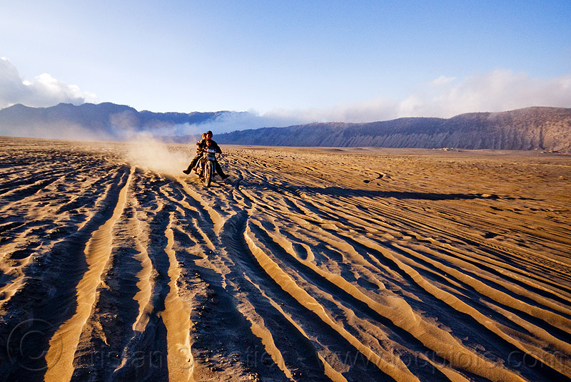 lautan pasir - sea of sand, caldera, children, couple, desert, family, java, kids, man, motorbike, motorbike touring, motorcycle, motorcycle touring, people, rider, riding, ruts, tengger, tengger caldera, tracks, underbone, underbone motorcycle, volcanic ash, woman