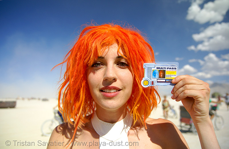 "leeloo dallas ""multipass!"" from the 5th element - burning man 2007, de, ekbat, lamina, leeloominaï, lekatariba, minaï, people, sebat, tasha, tchaï, the fifth element, woman"