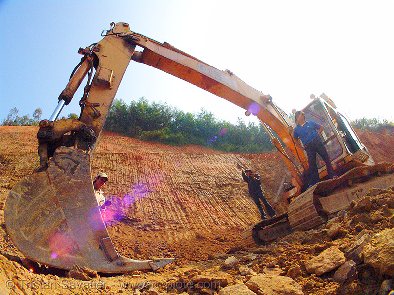 liebherr 912 litronic excavator - road construction, at work, bucket attachment, cao bằng, excavator bucket, fisheye, groundwork, liebherr 912 litronic excavator, liebherr excavator, road construction, roadworks, vietnam, working