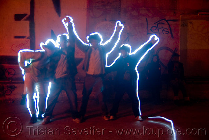 light graffiti - drawing - light painting, abandoned, cavage, f7, fc crew, frotte connard, light drawing, light graffiti, light painting, long exposure, nanterre, paris, rave party, saoulaterre, train tunnel