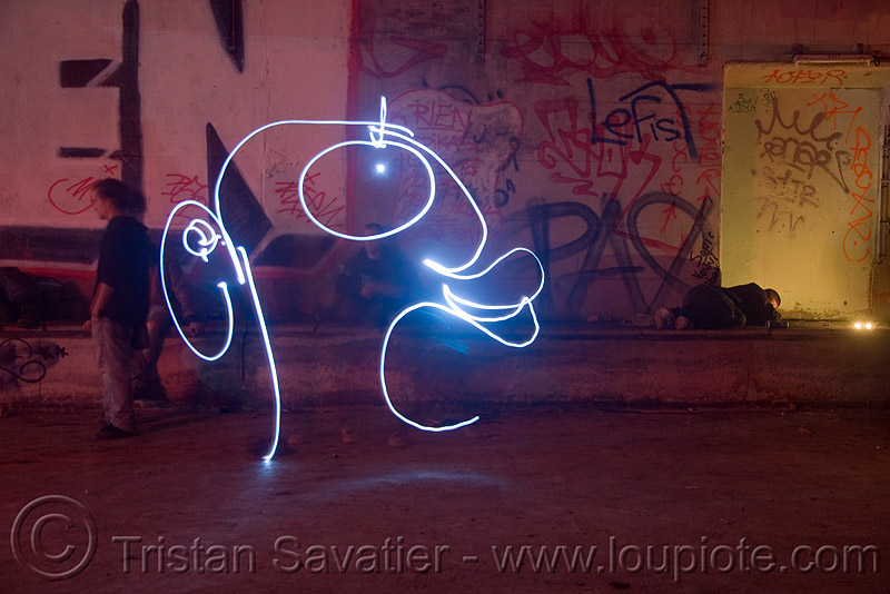 light painting - head, abandoned, cavage, f7, fc crew, frotte connard, graffiti, light drawing, light graffiti, long exposure, nanterre, paris, rave party, saoulaterre, street art, train tunnel