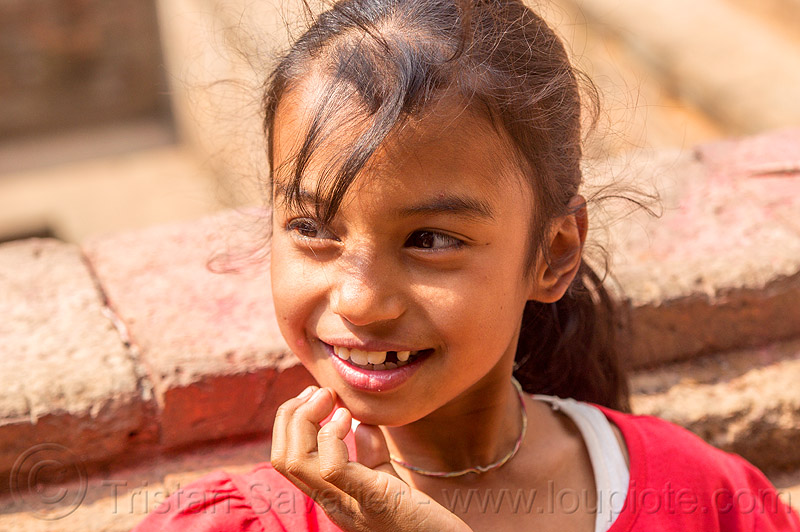 little nepali girl smiling (nepal), bhaktapur, child, kid, little girl
