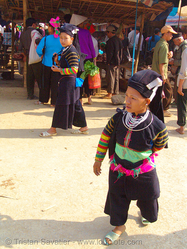 """lo lo den"" tribe dwarf woman - vietnam, asian woman, black lo lo tribe, bảo lạc, hill tribes, indigenous, lo lo den tribe, midget, people"