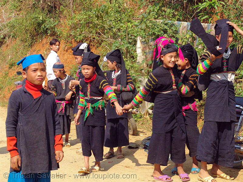 """lo lo den"" tribe kids - vietnam, black lo lo tribe, children, girls, hill tribes, indigenous, lo lo den tribe, people, tribe girl"