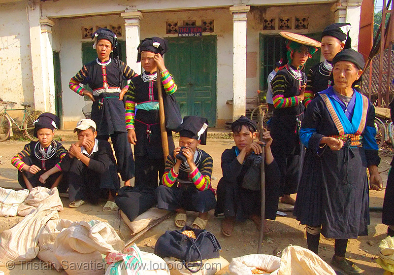 """lo lo den"" tribe women - vietnam, asian woman, asian women, black lo lo tribe, bảo lạc, hill tribes, indigenous, lo lo den tribe, vietnam"