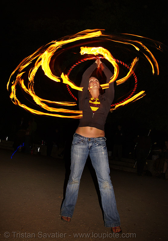 louise spinning fire hula hoop (san francisco), fire dancer, fire dancing, fire hula hoop, fire performer, fire spinning, night, spinning fire