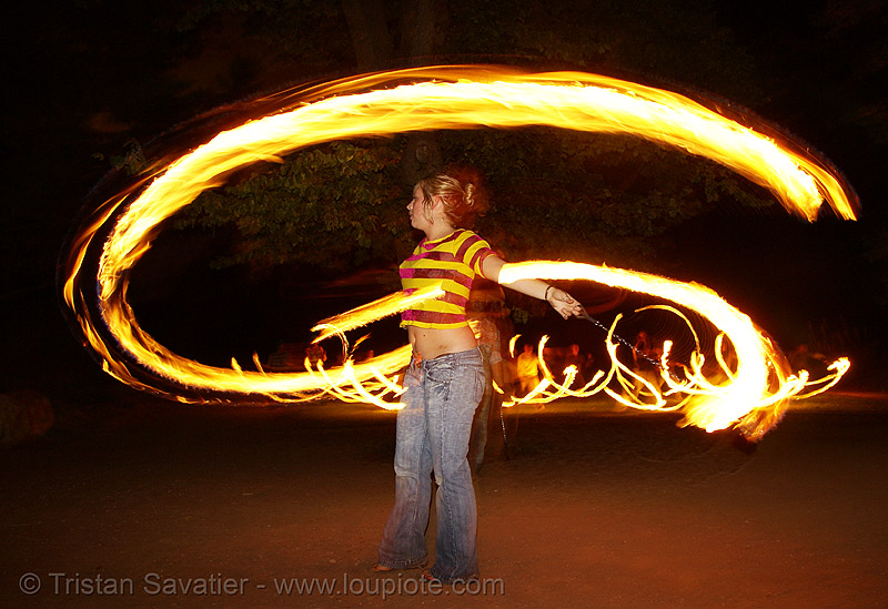 louise spinning fire poi (san francisco), fire dancer, fire dancing, fire performer, fire poi, fire spinning, night, spinning fire