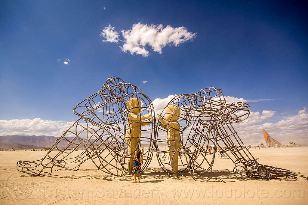 love sculpture - burning man 2015, alexandr milov, art installation, babies, burning man, frame, metal, sculpture, sitting, statue, tubes, two