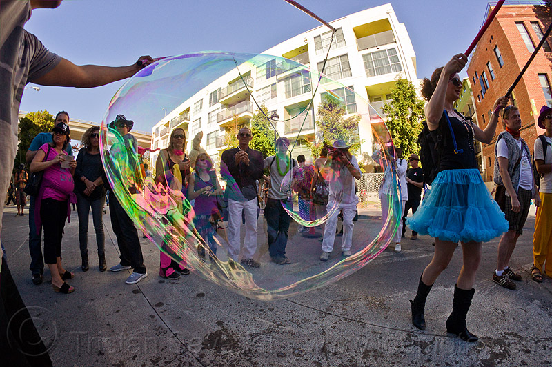 making giant soap bubbles, burning man decompression, giant soap bubble