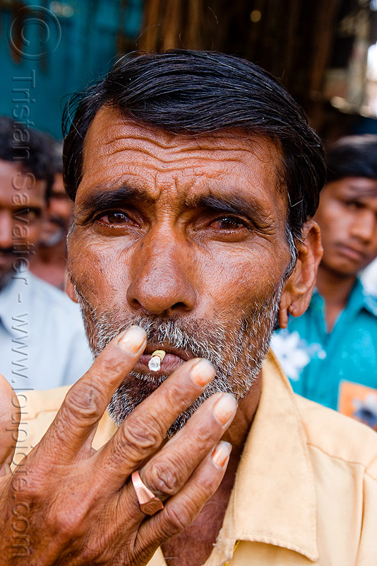 man smoking (india), cigarette, hand, unshaven man