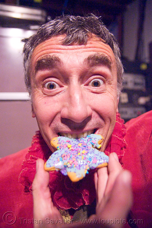 me, eating a christmas cookie, cell space, christmas cookie, man, red, self portrait, selfie, star, tristan savatier