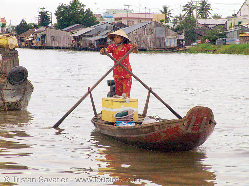 mekong river - floating market - standing - rowing boat - vietnam, boats, floating market, mekong river, standing rowing, water, woman
