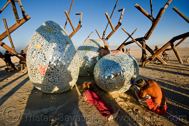 Ménage à trois, by rob buchholz and crew - burning man 2009, art installation, burning man, giant eggs, menage a trois, mosaic, ménage à trois, rob buchholz