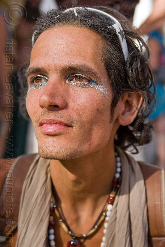 michael chichi, burning man, center camp, glitter, makeup, michael, necklaces