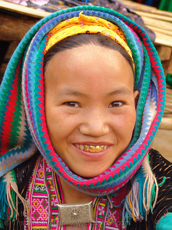 mien yao/dao tribe girl - vietnam, asian woman, dzao tribe, gold teeth, happy smile, hat, headwear, hill tribes, indigenous, market, mien dao tribe, mien yao tribe, mèo vạc, tribe girl, zao tribe