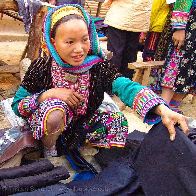 mien yao/dao tribe woman - vietnam, asian woman, colorful, dao, dzao tribe, gold teeth, hill tribes, indigenous, mien yao tribe, mèo vạc, vietnam