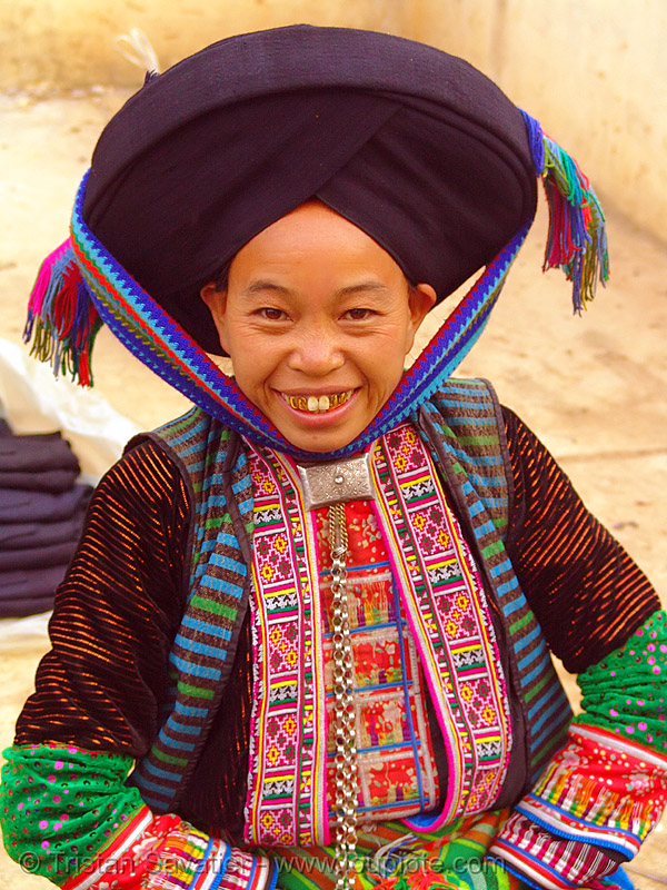 mien yao/dao tribe woman with impressive headwear - vietnam, asian woman, dzao, dzao tribe, gold teeth, happy, happy smile, hat, hill tribes, indigenous, market, mien dao tribe, mien yao tribe, mèo vạc, people, turban, zao tribe