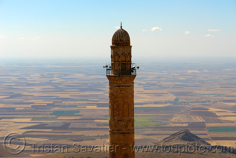 minaret in mardin, backlight, fields, islam, kurdistan, mardin, minaret, mosque, plain, religion, tower