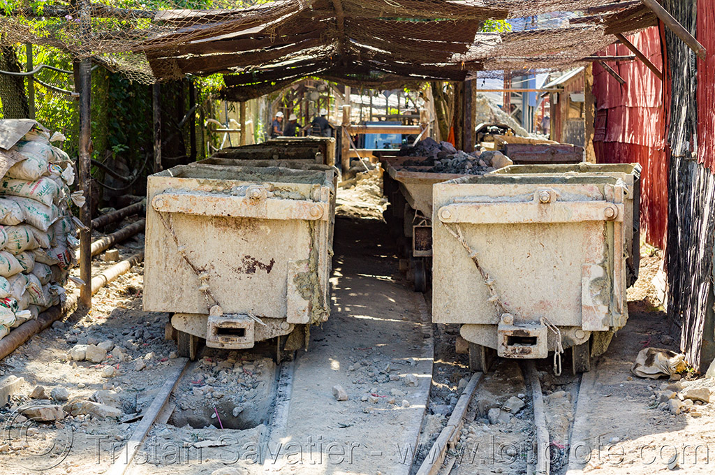 mine trolleys (philippines), balatoc mines, gold mine, mancart, mine railway, mine train, mine trolley, philippines