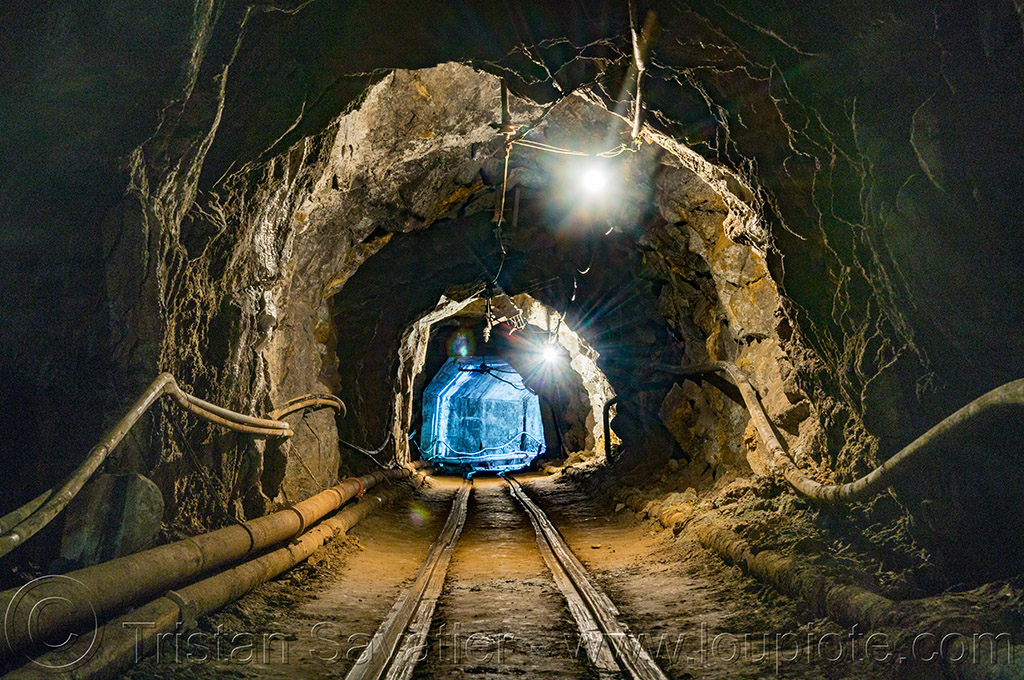 mine tunnel (philippines), balatoc mines, gallery, gold mine, philippines, tunnel