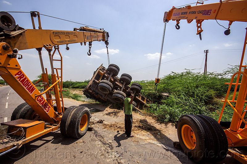 mobile cranes lift overturned semi truck (india), ace 12xw, artic, articulated truck, at work, big rig, crane trucks, crash, escorts hydra 1242, heavy equipment, hydraulic, machinery, man, mobile cranes, overturned, pradhan cranes, road, semi-trailer, tata motors, tractor trailer, traffic accident, truck accident, working, yellow