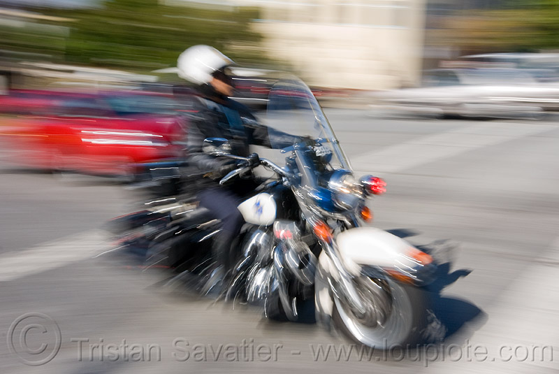motorcycle police, harley davidson, law enforcement, motor cop, motor officer, motorbike, motorcycle police, motorcycle unit, moving fast, rider, riding, sfpd, speed, street