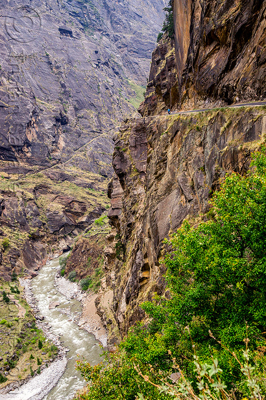 mountain road on vertical cliff (india), cliff, dhauliganga river, dhauliganga valley, motorbike touring, motorcycle touring, mountains, road, rock wall, stone, water