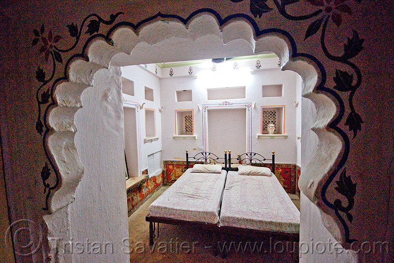 my luxury hotel room - gangaur palace hotel - udaipur (india), bed, door, gangaur palace hotel, room, udaipur