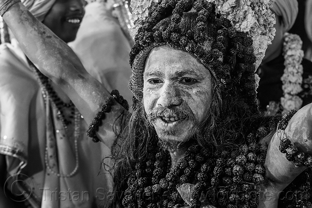 naga baba with ritual rudraksha beads - kumbh mela hindu festival (india), babas, beard, hat, headdress, headwear, hinduism, holy ash, kumbha mela, maha kumbh, maha kumbh mela, men, naga babas, naga sadhus, naked, necklaces, people, procession, sacred ash, sadhu, vasant panchami, vasant panchami snan, vibhuti, walking