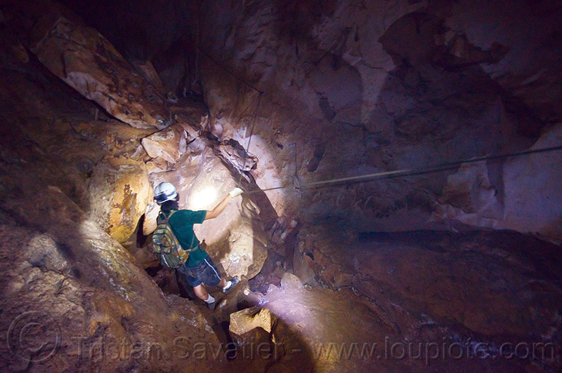 natural bridge - caving in mulu - clearwater cave (borneo), caver, caving, clearwater cave system, clearwater connection, gunung mulu national park, natural cave, roland, spelunker, spelunking