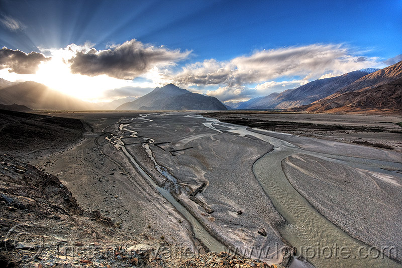 nubra valley - ladakh (india), backlight, clouds, ladakh, mountains, nubra valley, river bed, sand banks, sunset, thirit