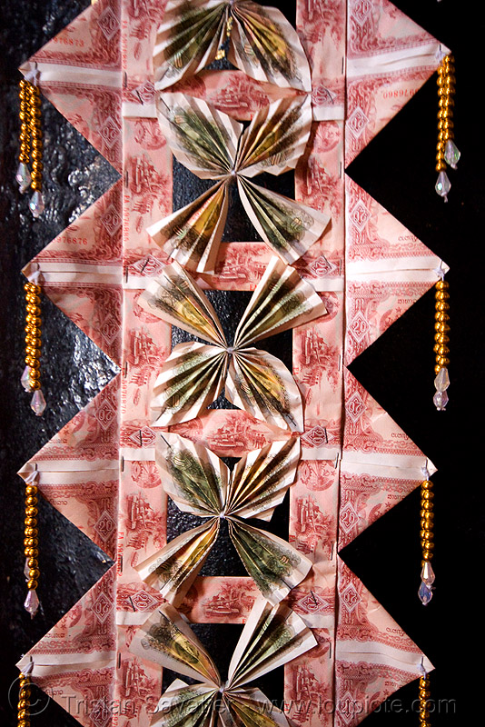 offering made of bank notes - lao KIP - LAK - luang prabang (laos), bank notes, lak, lao kip, laos, luang prabang, money, offering