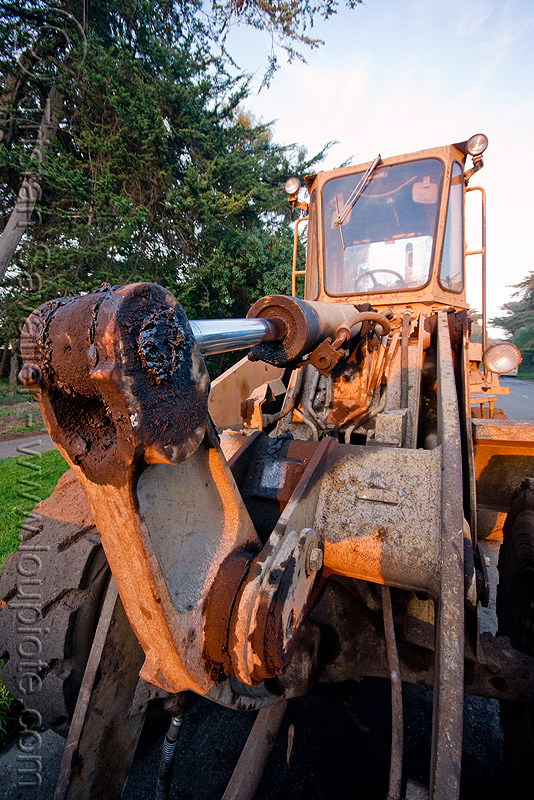 old caterpillar bulldozer - hydraulic piston, bulldozer, hydraulic cylinder, hydraulic piston
