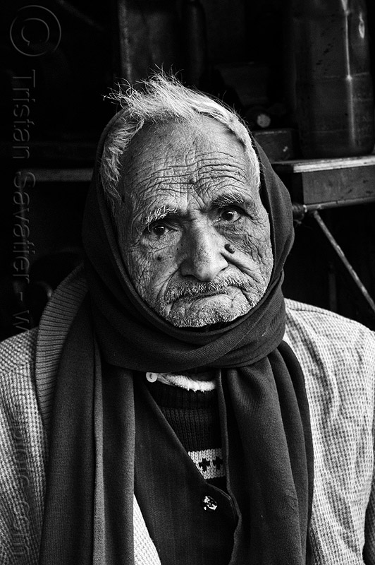 old man with scarf, india, lucknow, old man, scarf