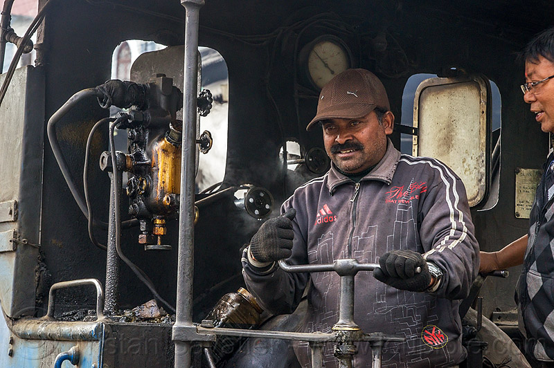 operator at the controls of steam locomotive - darjeeling (india), 782 mountaineer, controls, darjeeling himalayan railway, darjeeling toy train, men, narrow gauge, operator, railroad, steam engine, steam locomotive, steam train engine