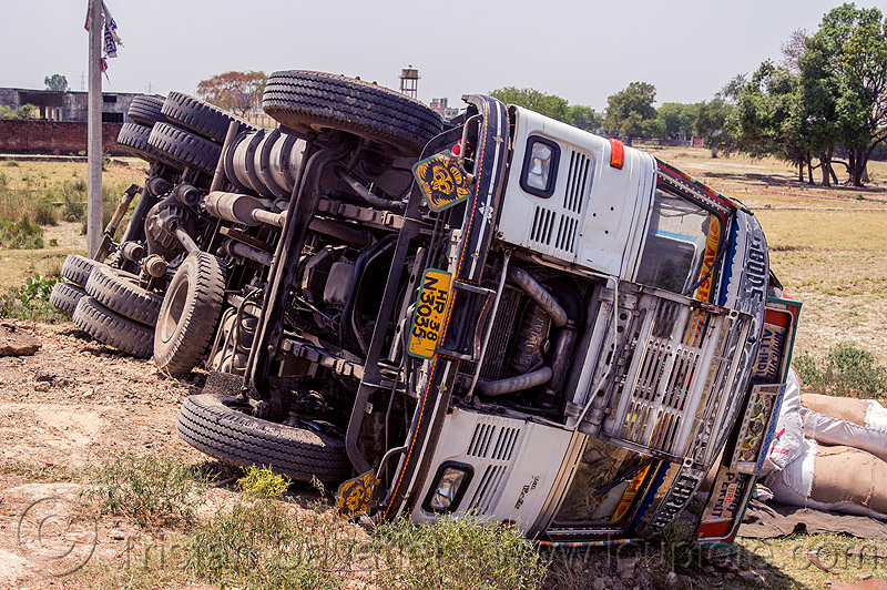 overturned TATA truck (india), 2515 cex, crash, india, lorry, overturned, road, rollover, tata motors, traffic accident, truck accident, underbelly, wreck