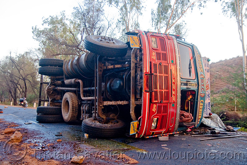 overturned truck - truck accident (india), crash, india, lorry, overturned truck, road, rollover, tata motors, traffic accident, truck accident, wreck
