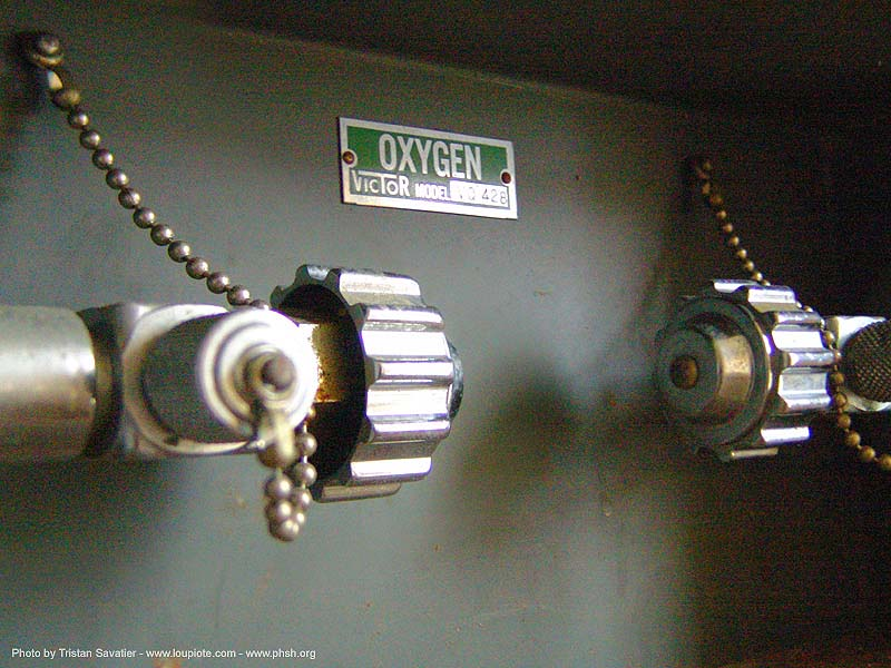 oxygen-victor - valves - abandoned hospital (presidio, san francisco) - phsh, abandoned building, close up, decay, macro, oxygen gas, presidio hospital, presidio landmark apartments, trespassing, urban exploration