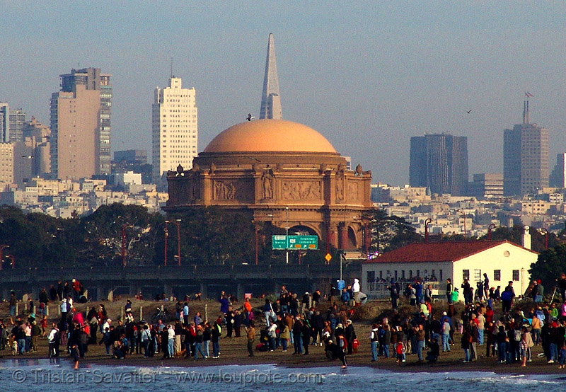 palace of fine arts and san francisco skyline, beach, crissy field