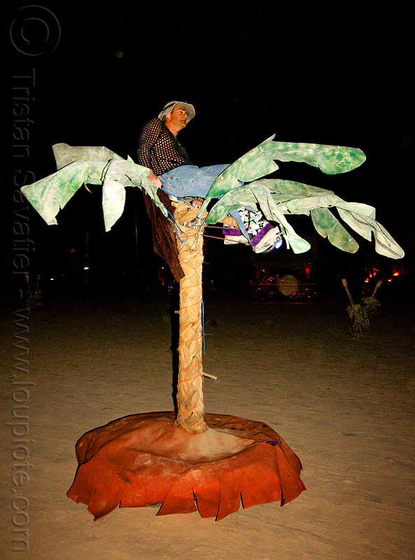 palm-tree art car - burning man 2009, art car, banana tree, burning man, captain chuck, night, palm tree, pedal-powered, squidd