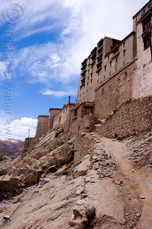 path to the palace - leh (india), ladakh, लेह, stock photo