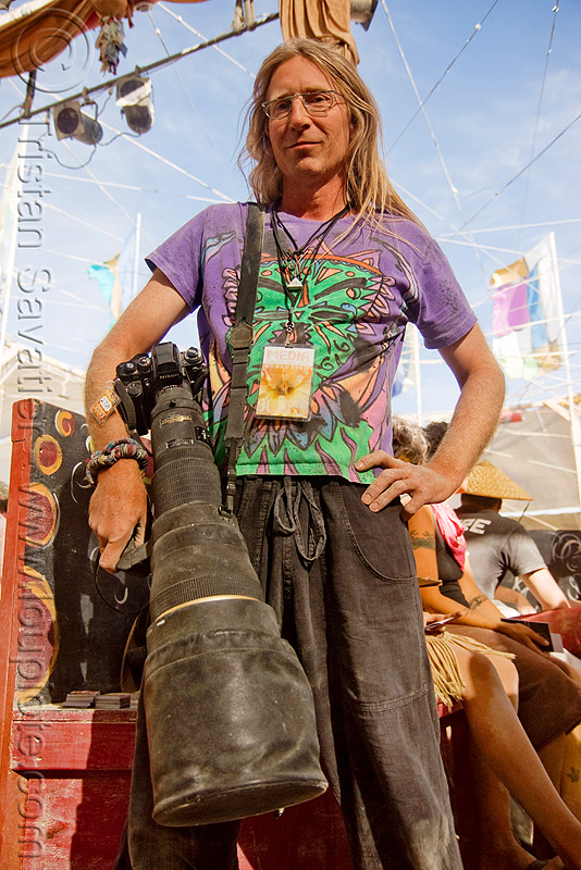 photographer with huge telephoto lens - matt scherzinger - burning man 2009, burning man, film camera, heavy, matt scherzinger, photographer, telephoto lens
