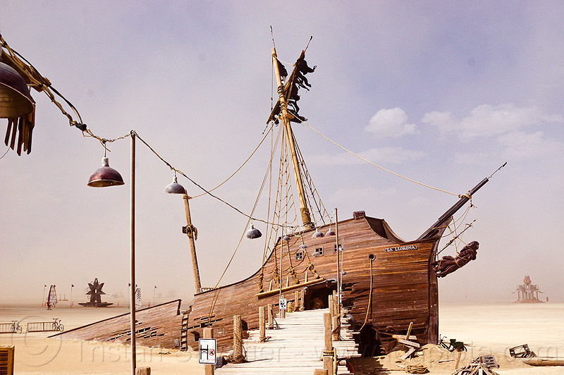 the pier and the ship - burning man 2012, art installation, gallion, la llorona, shipwreck