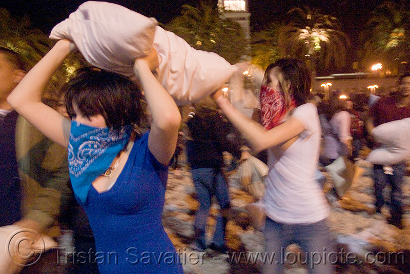 pillow attack - the blue and red bandana girls - the great san francisco pillow fight 2009 - olivia, bandana, down feathers, girls, night, olivia, pillow fight club, pillows, women, world pillow fight day